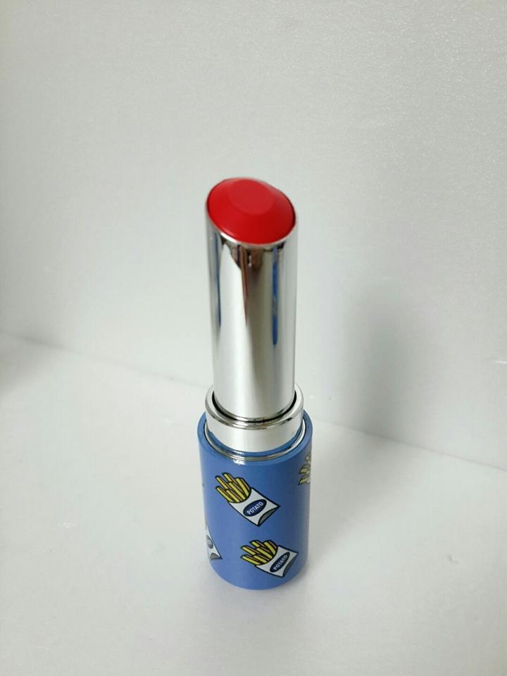 결합하니 있어보이는 립스틱으로 변신!!