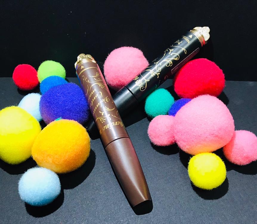 키스미 마스카라는 블랙과 브라운 2가지 색상으로나왔어요 디자인 역시 키스미다운 여성스러운느낌