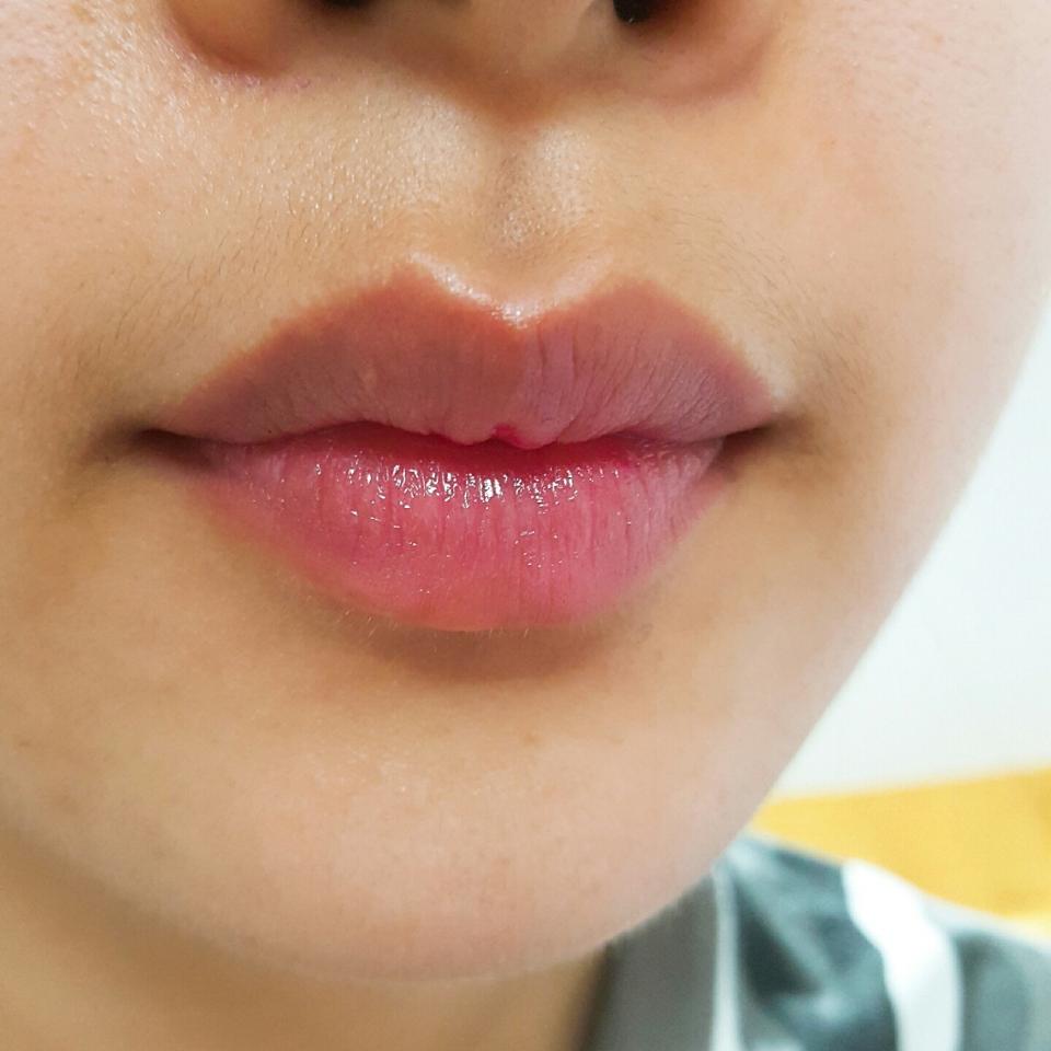 촉촉한 입술로 가꾸기 좋은 제품! 일본 가시면 꼭 사보세요!
