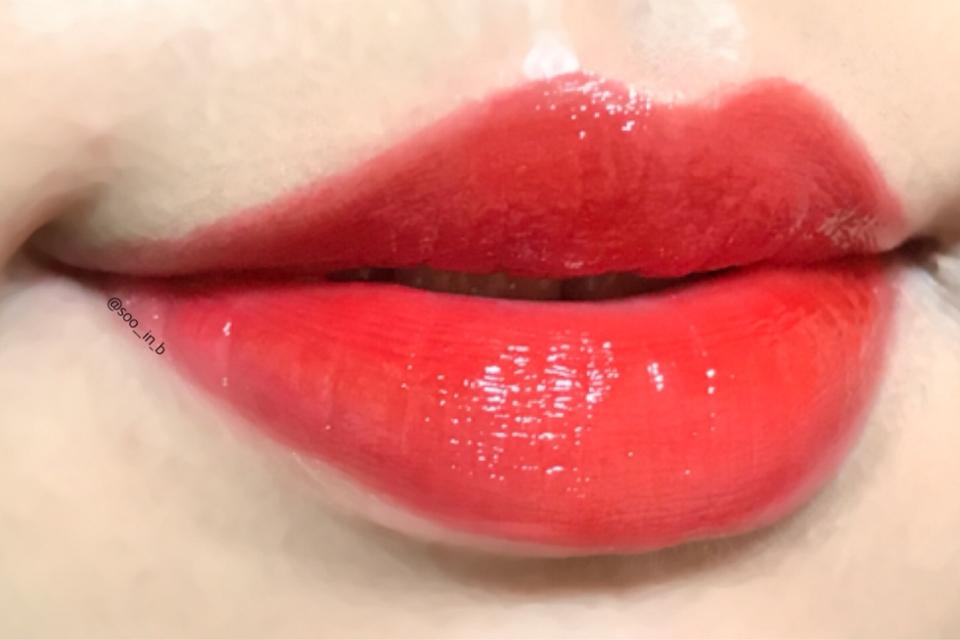 풀립 1)  되게 촉촉 물광 탱글한 입술이 되더라구요 ㅋㅋㅋㅋ 키스를 부르는 입쯀 💋💋💋