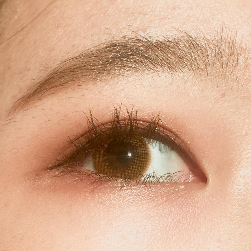 이렇게 봐도 색감이 장난아니죠 실제 보이는 색상은 렌즈 가장자리 색상이랑 가장 비슷합니다