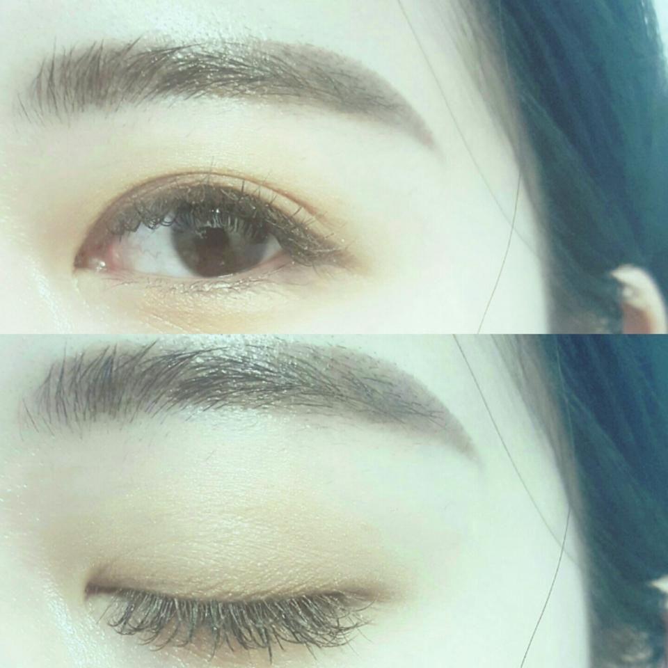 저는 단독으로 사용할 때도 있지만 눈밑 애굣살부분이나 눈중앙부분을 밝혀줄 때도 사용하고있어요