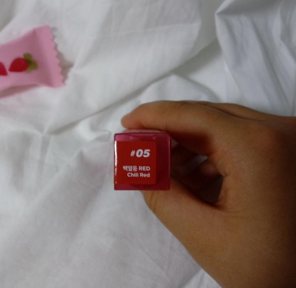 #05 백열등 red  chili red네요!