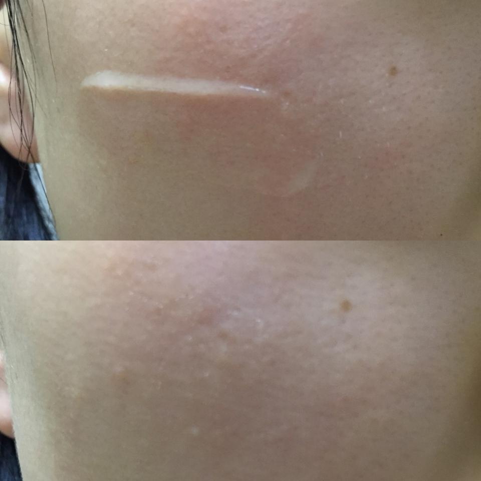 이렇게 보시는 것처럼 싹 흡수해서 마무리되는데 건조하게 마무리되는게 아니라 촉촉하게 유지되면서 피부에 오래도록 남아있는 것 같더라구요!! 이런 마무리감이 되게 좋았어요ㅎㅎ