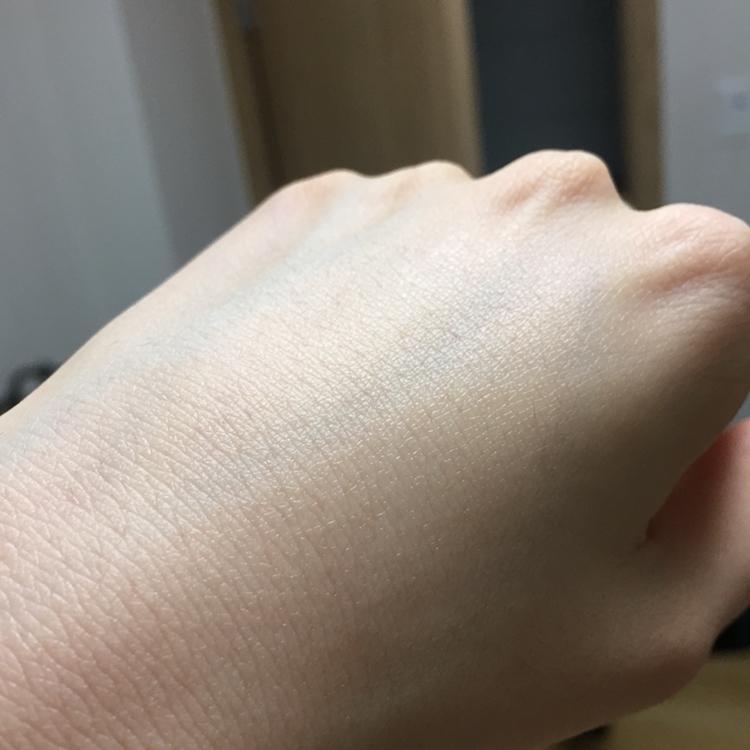 울퉁불퉁한 면으로 피부결을 따라서 닦아주고 평면?인 면으로 마무리 스윽 해주면 끄읕 입니다😊😊😊😊