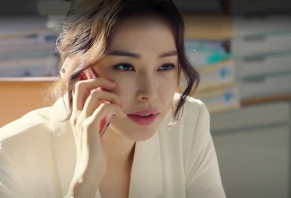 바비인형 같은 이목구비...♥ 성격도 시원시원하고 매력철철~