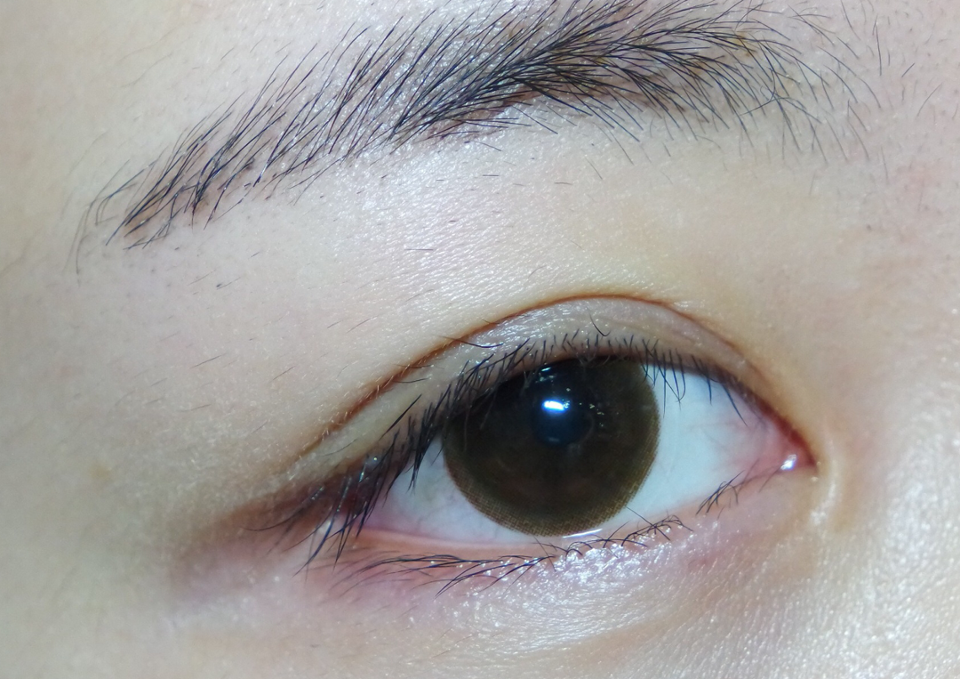 먼저 저의 쌩눈을 준비할게요(렌즈를 꼈지만 쌩눈이라고 생각해주세요 ㅠㅠ)렌즈는 오렌즈 미스티 내추럴초코 2주착용렌즈입니다.
