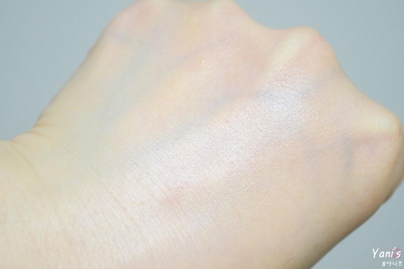 저 접촉성 피부염 있는데 빡빡 문질러도 붉어짐 부어오름 없었어요.