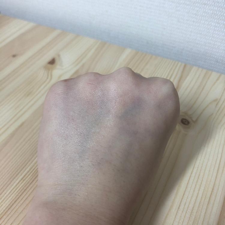 🤜흡수력 정말 흡수가 잘되요 피부속까지 촉촉해지는느낌으로 항상 바를때마다 감탄합니다