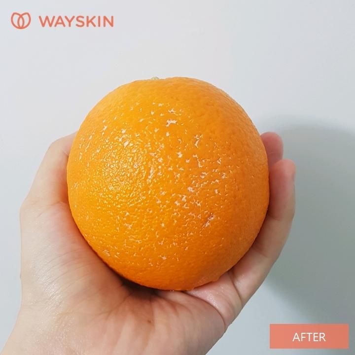 웨이스킨 서울 클렌징 폼을 이용해서 구석구석 씻어봤어요. 깊게 파인 구멍에 박힌 내용물을 제외하고,  깨끗하게 씻어진 것 보이시죠? 