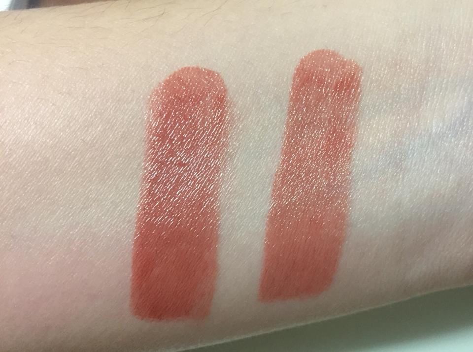 손목 발색 사진입니다. 이 사진과 실발색과 가장 비슷하구요. 왼쪽이 3번, 오른쪽이 1번 바른거에요. 발색은 한번으로도 아주 이쁘군요. 가을립으로 아주 제격인 톤다운된 오렌지브라운색상입니다!