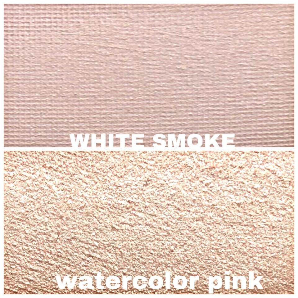 하이라이터 겸 섀도우  WHITE SMOKE: 회보라빛 베이스에 오묘한 핑크보라펄이 자글자글 들어가 있음  ❤️진짜 존예! WATERCOLORPINK:골드베이지 베이스에  화이트베이지 펄감이 쉬머하게 들어있음!