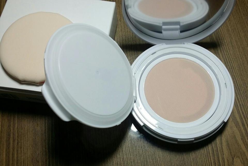 핑크핑크!! 텐션망!! 약간 흰색에 가까운 핑크빛 선크림!