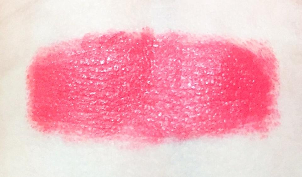 손목 발색샷이에요 🌸 이름과 맞게 핑크핑크 한것 같아요 ! 형광끼가 좀 도는 톤이 살짝 다운된 핑크색이에요 😊 정말 피부 하야신분들이 바르면 진짜 대존예일거에요!!