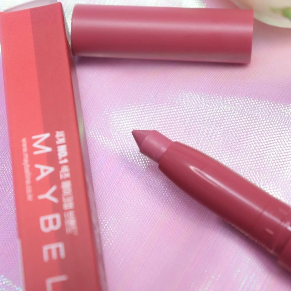 요번에 핑크 핑크한 색상들로 출시된 것 중, 제가 사용해 본건 크레용! 심이 얇으면서 부드럽게 발리는게 특징이에욥